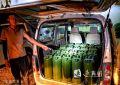 宿豫公安查獲一輛非法流動加油面包車